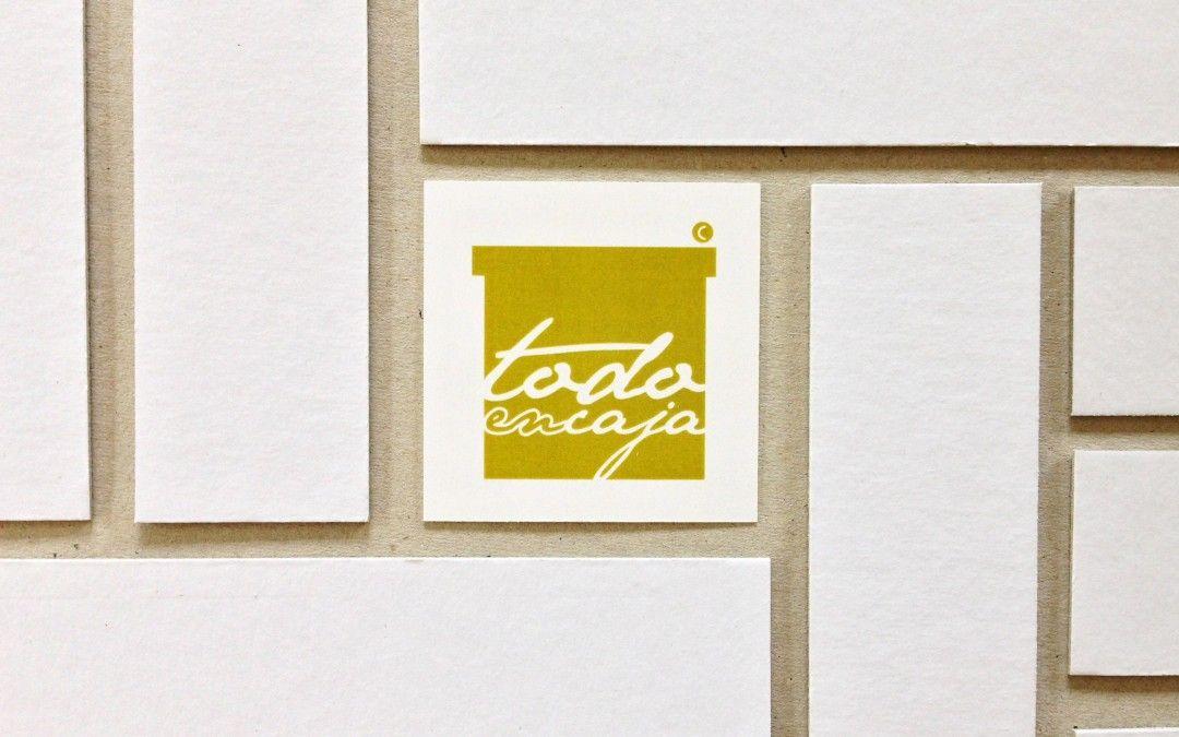 Nuestras Cajas de cartón forrado: Hoy queremos contaros cómo y con qué las hacemos.